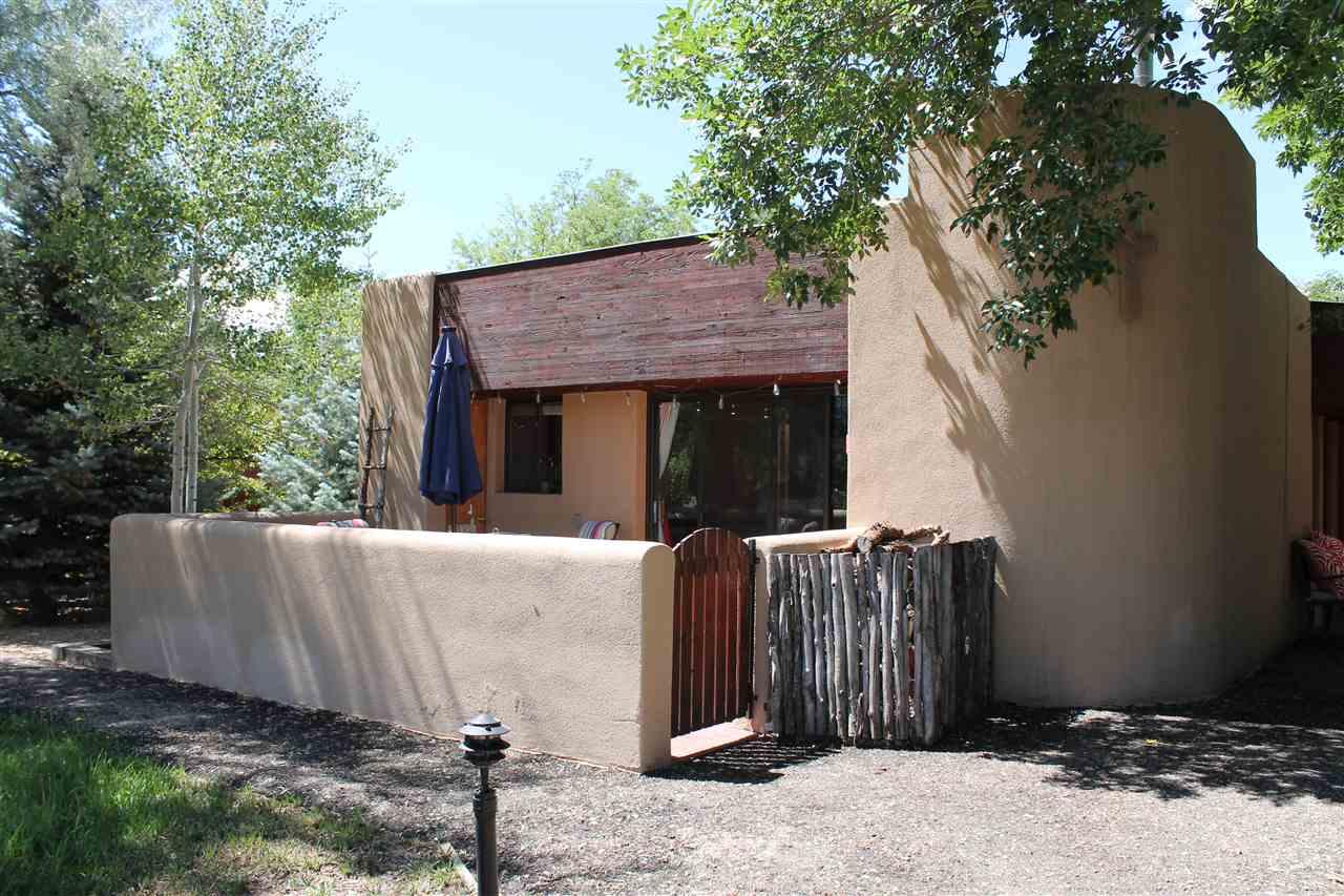 88 Hiway 150, El Prado, NM 87529-9999