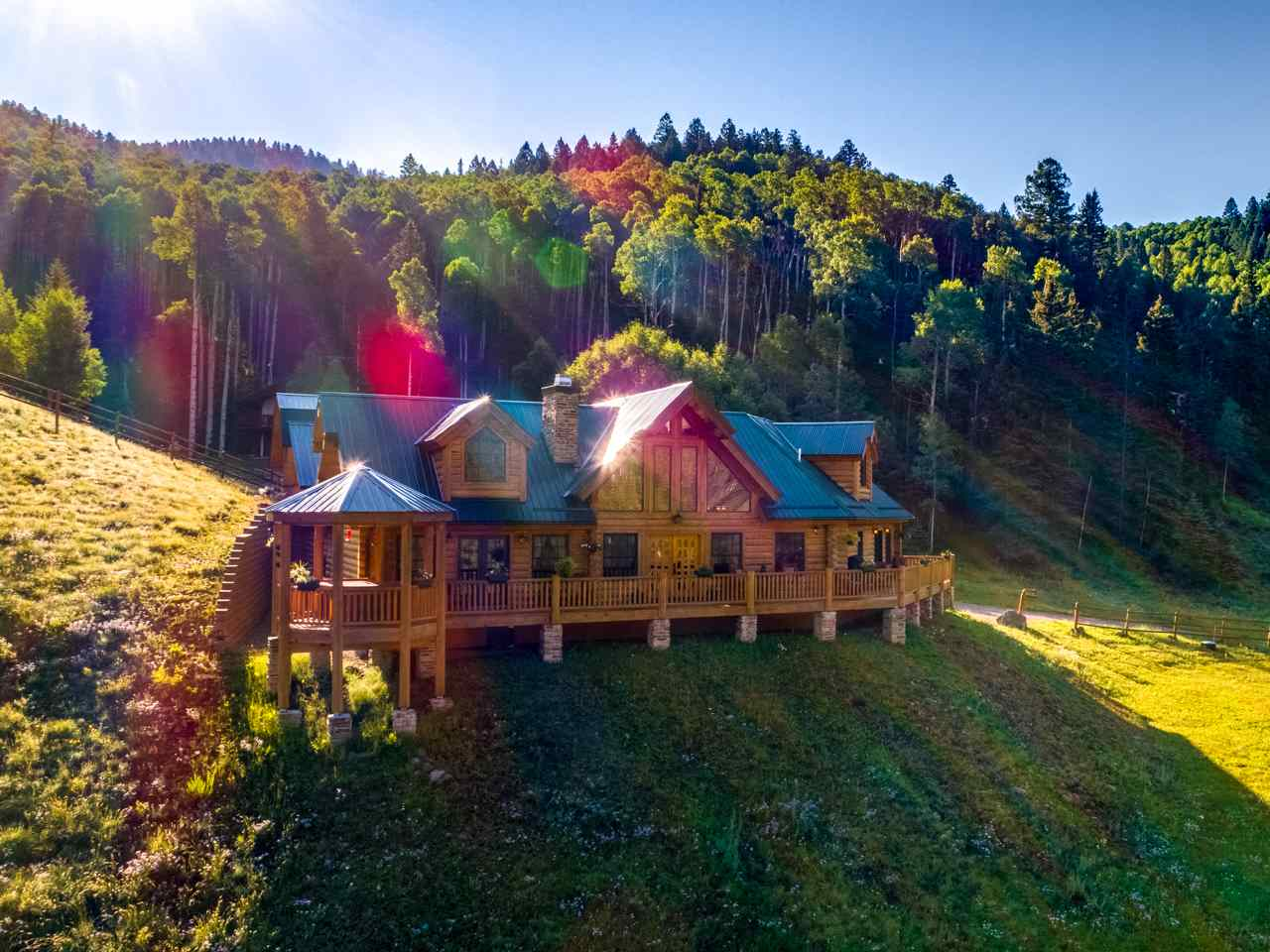 6 Black Copper Canyon Rd, Red River, NM 87558