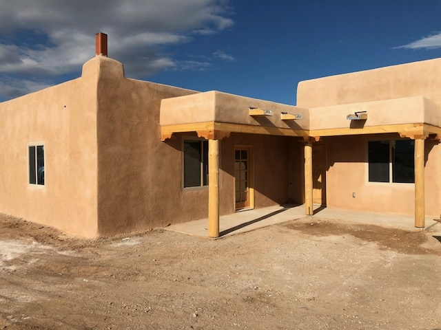 194 West Romero Rd., Taos, NM 87571