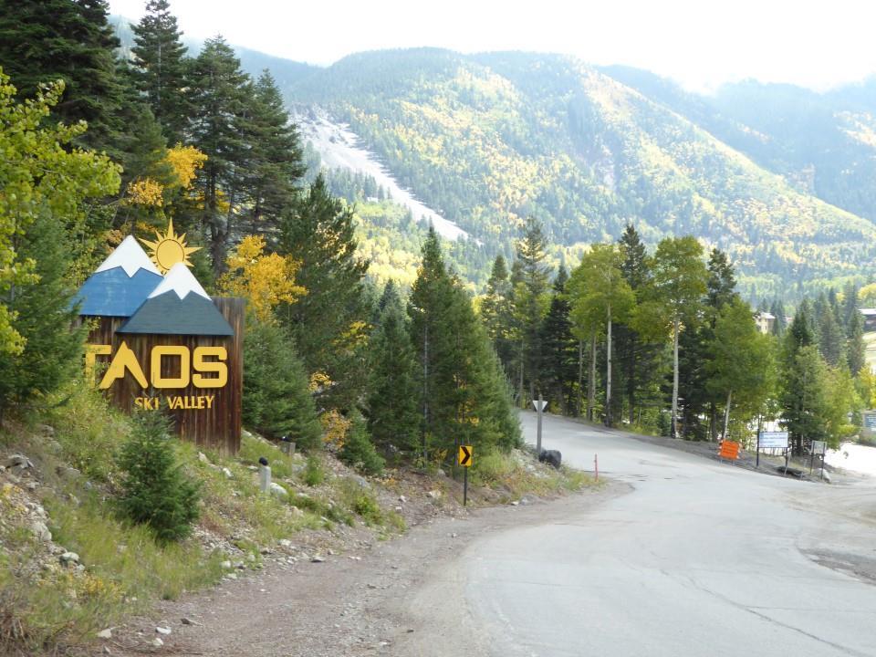 1281 Hwy 150, Taos Ski Valley, NM 87525