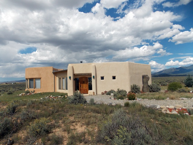 2 Beauty Way, El Prado, NM 87529