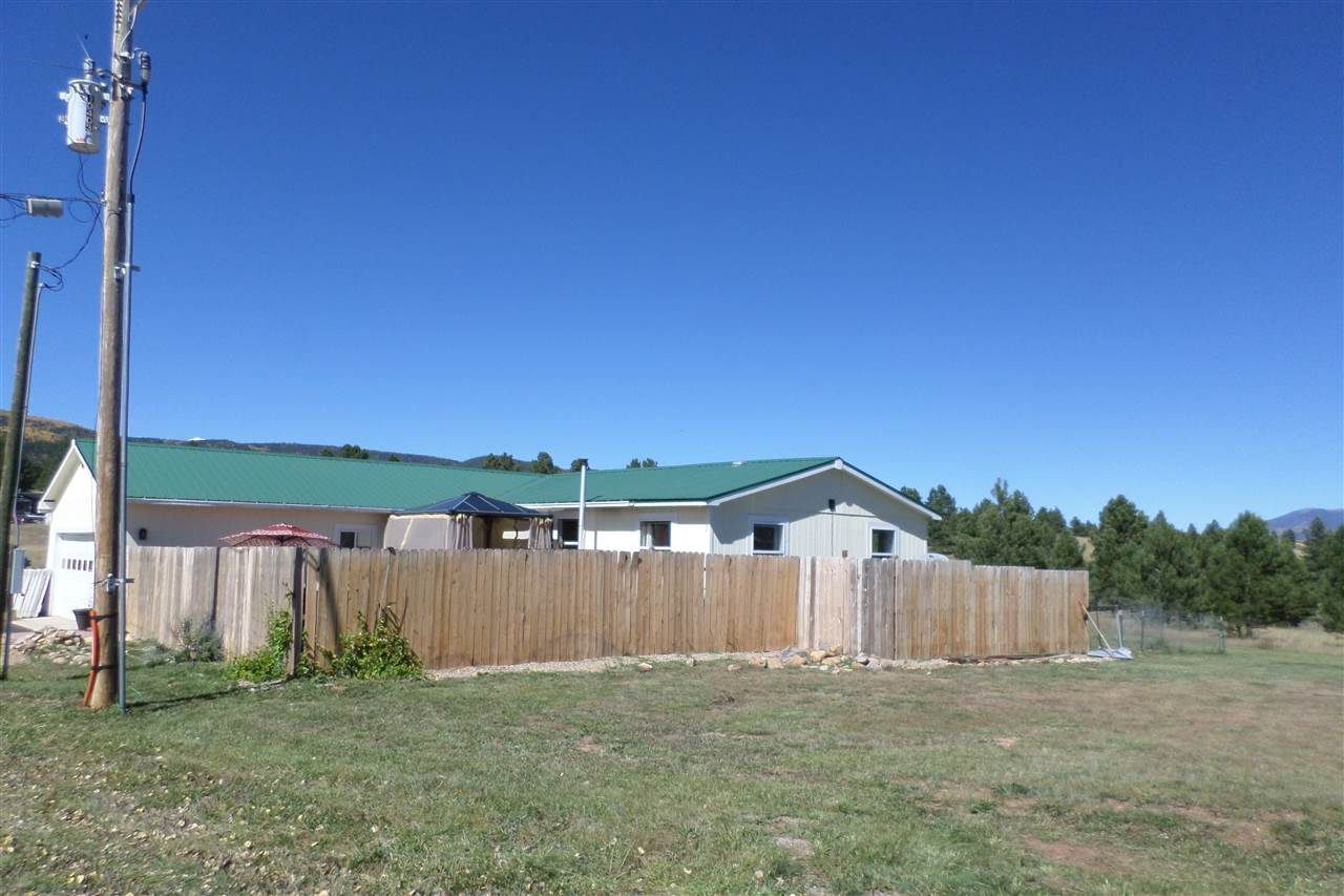 48 Country Club Road, Angel Fire, NM 87710