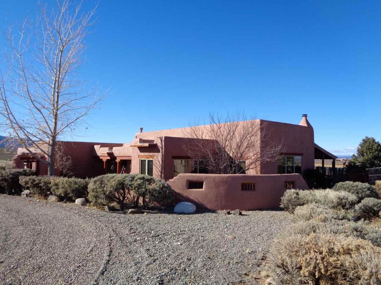 47 Vista del Ocaso, Ranchos de Taos, NM 87557