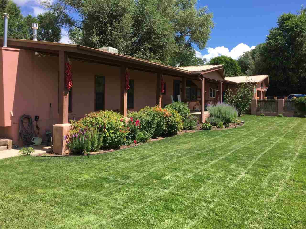 503 Ranchitos Rd., Taos, NM 87571