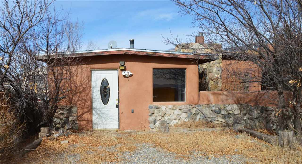 211 State Road 230, Arroyo Seco, NM 87514