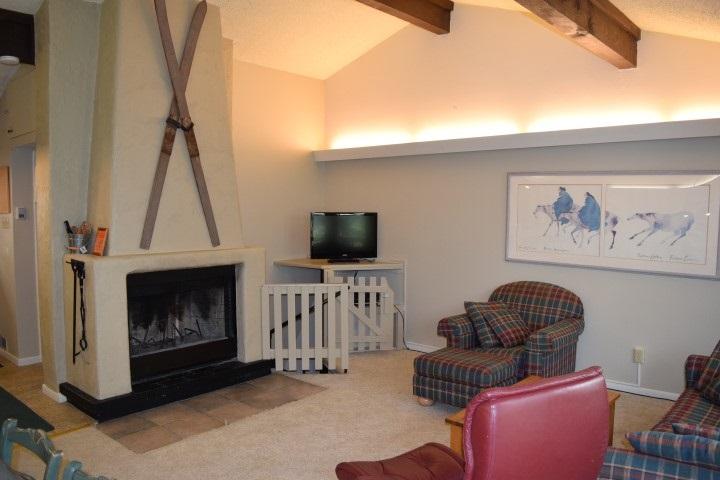 Residential Taos Ski Valley 44a