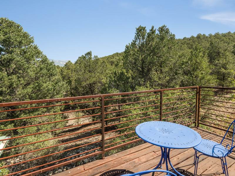 25 Sandia Canyon, Arroyo Hondo, NM 87513