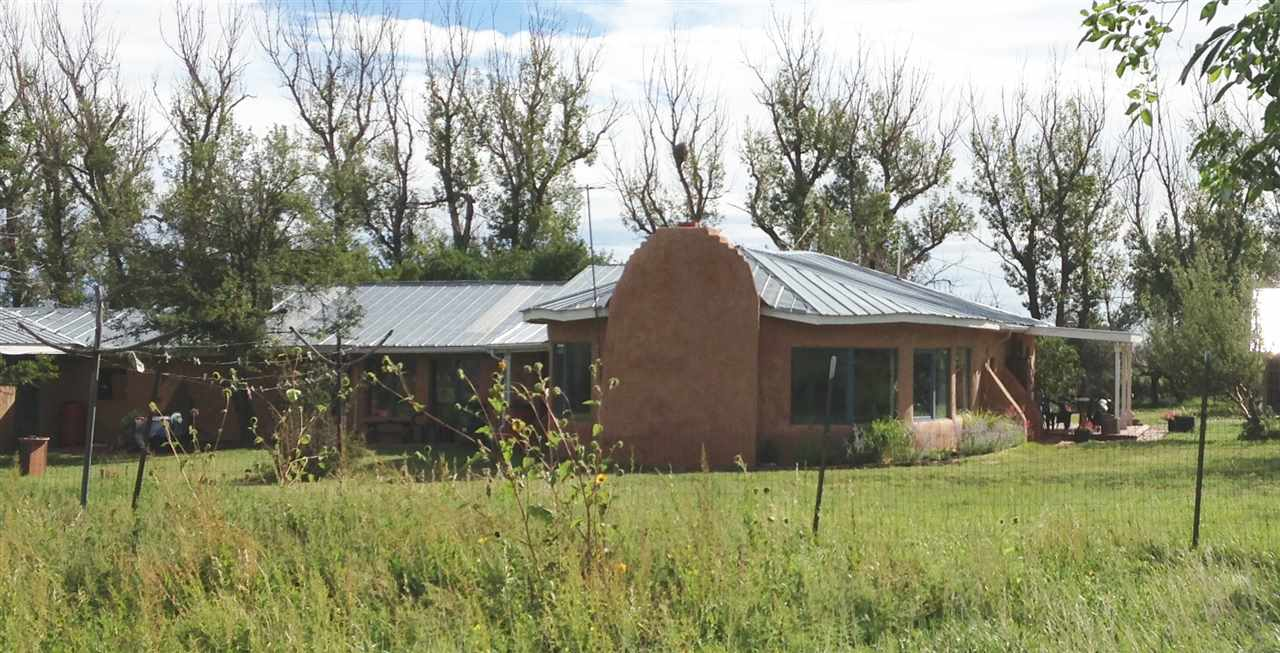 40 County Road C7, Miami, NM 87729