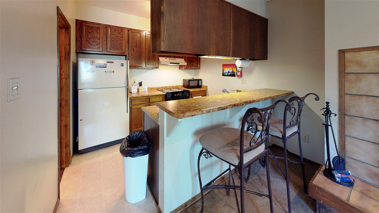 65 Vail Avenue, Angel Fire, NM 87710