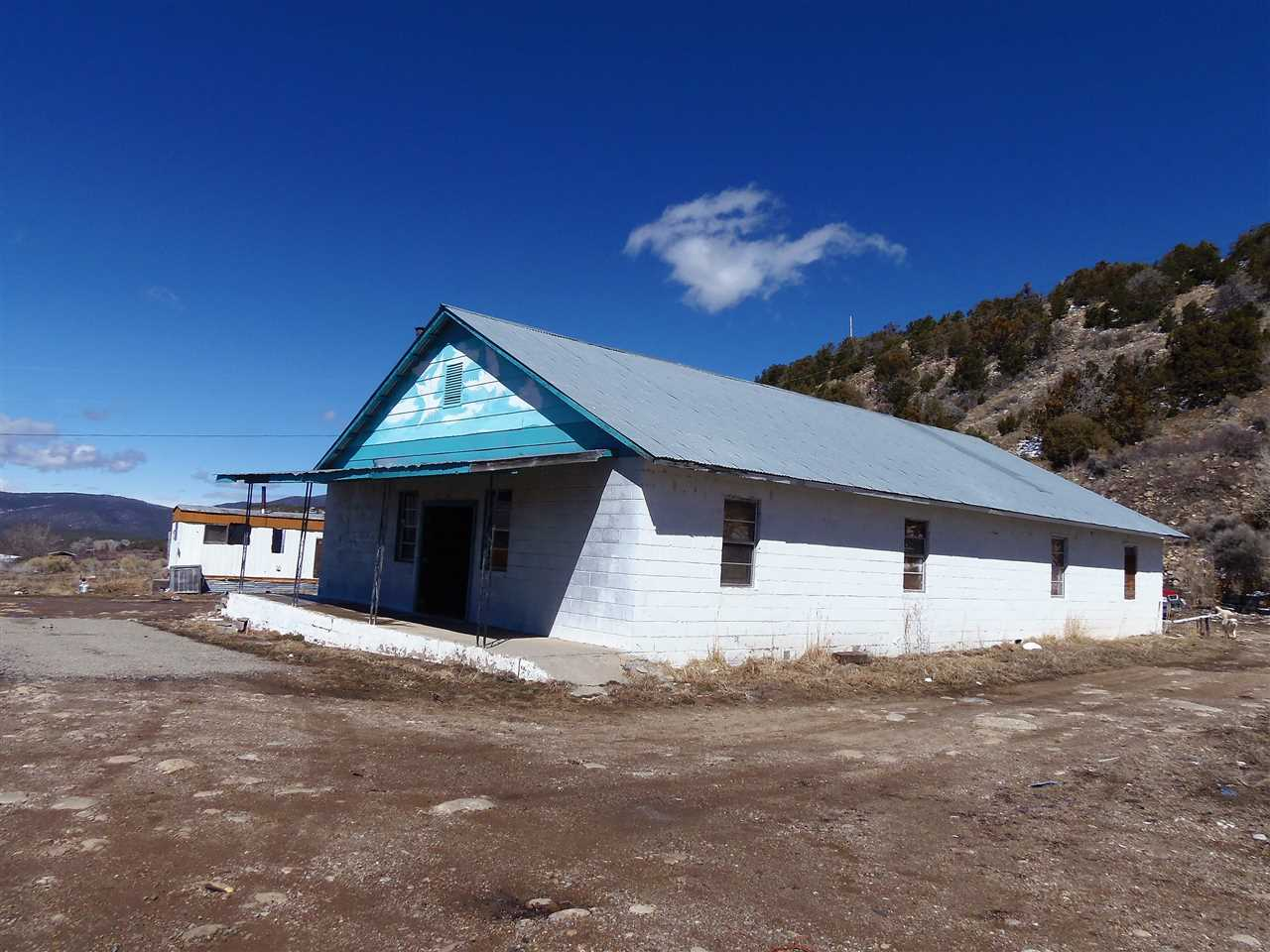 40 and 42 Santa Barbara Road, Vadito, NM 87579
