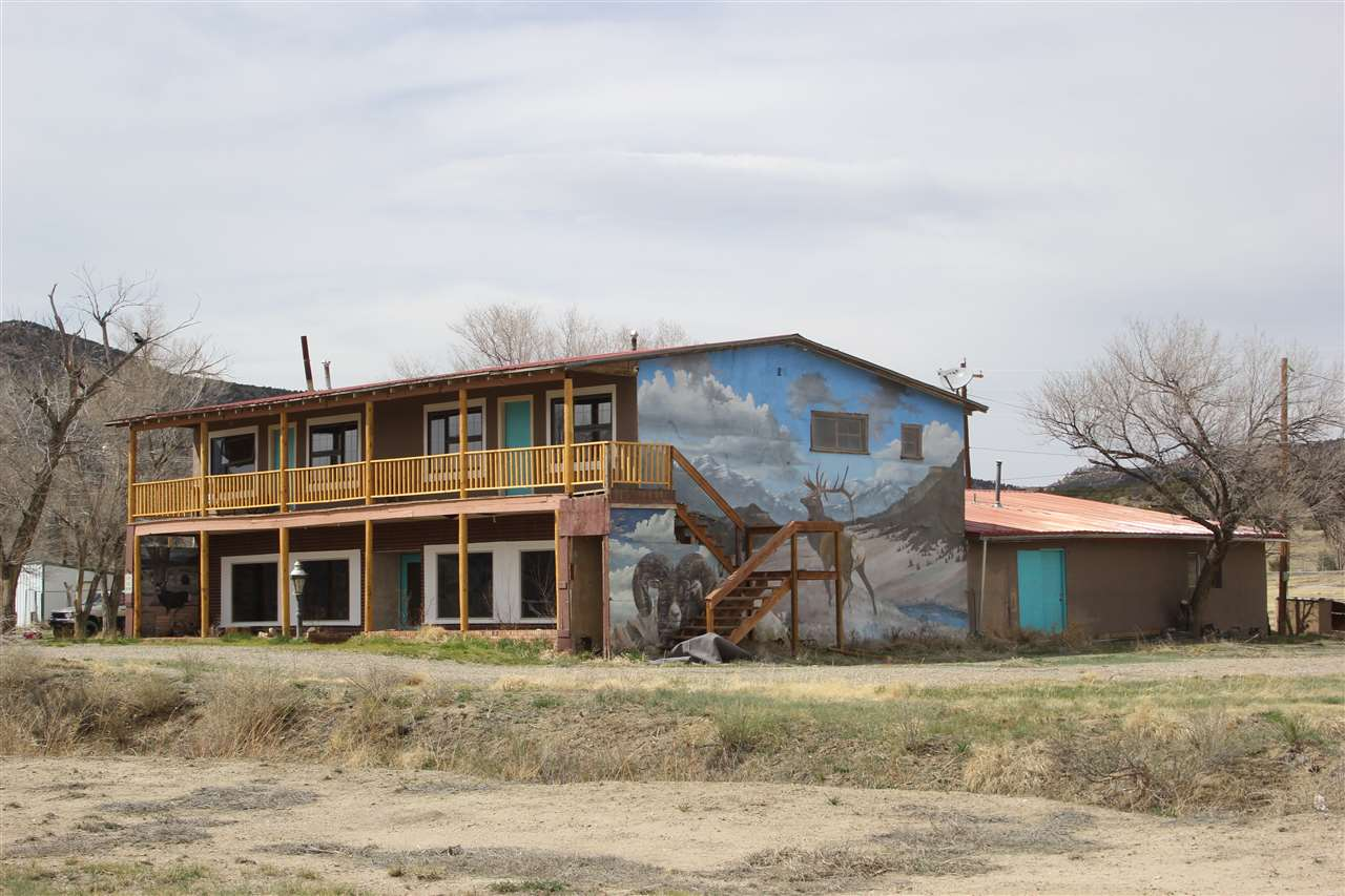 31094 Highway 64, Cimarron, NM 87714