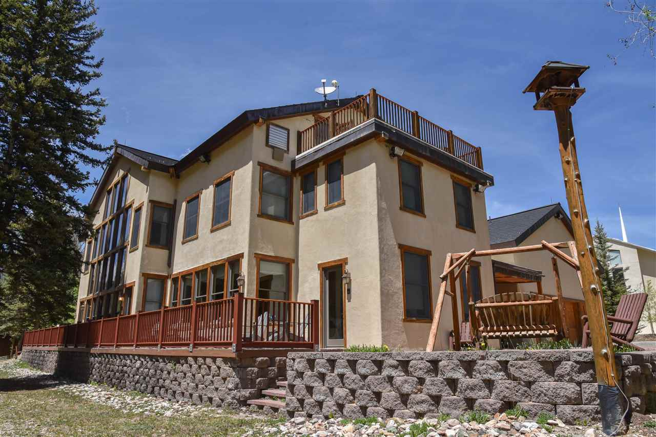 421 River Street, Red River, NM 87558