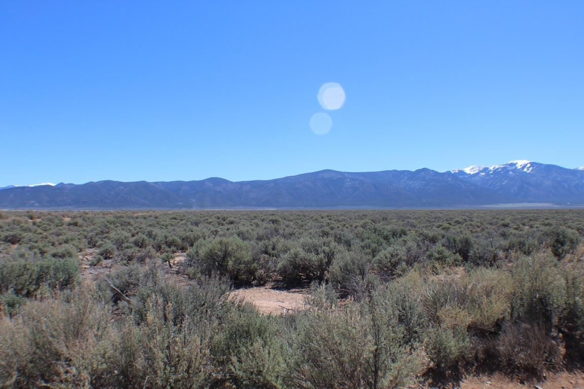 Tract P1 Sunshine Valley, Questa, NM 87556