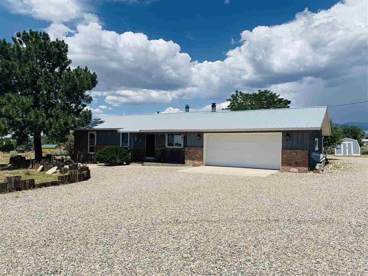 205 Estes Es Road, Taos, NM 87571