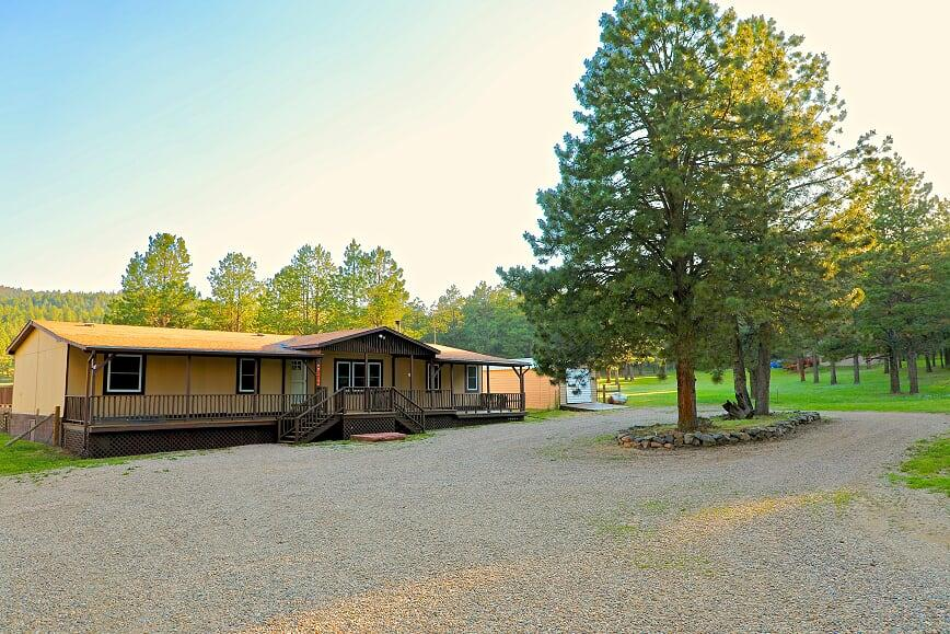 27 Pinecone, Angel Fire, NM 87710
