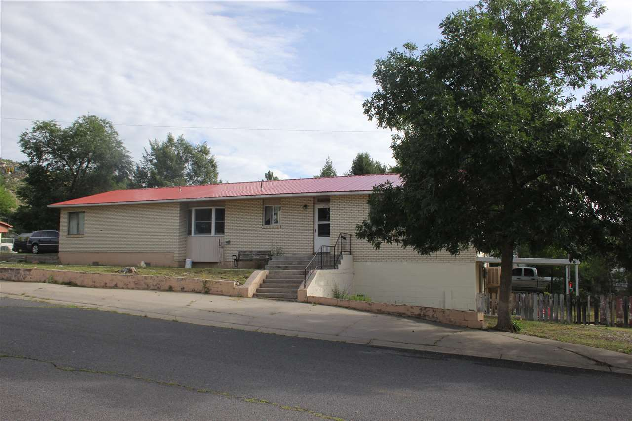 1247 5th street, Raton, NM 87740
