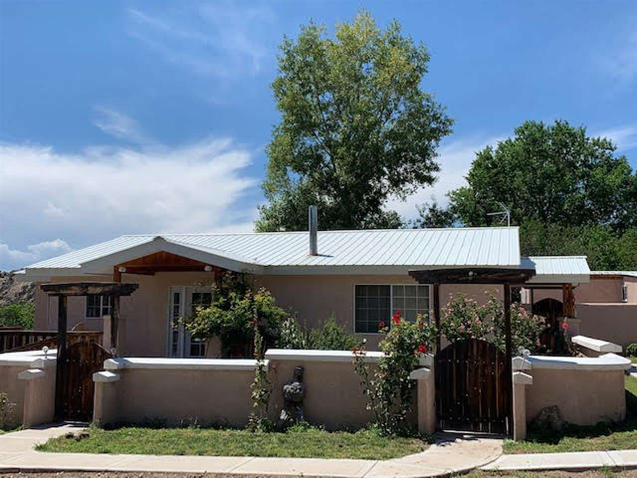 29 Private Dr 1312, Chimayo, NM 87523