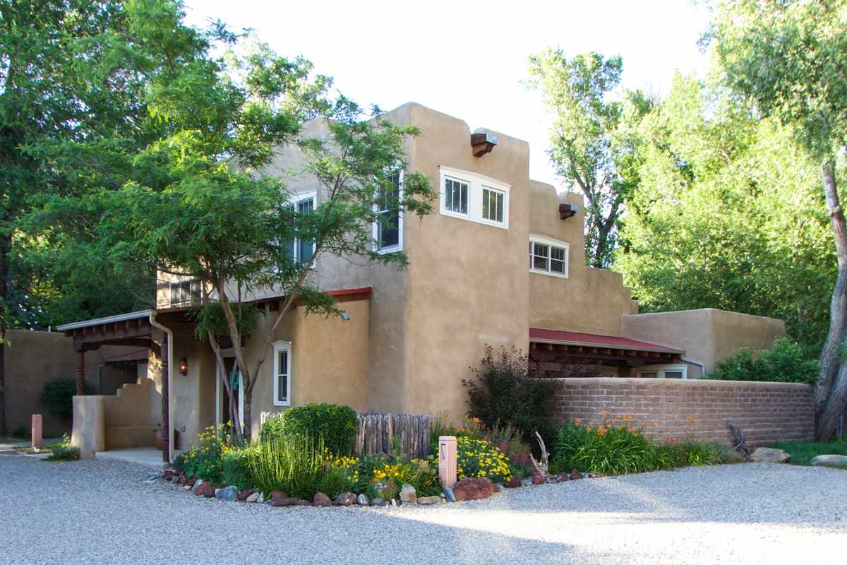 205 Upper Ranchitos Road 16, Taos, NM 87571