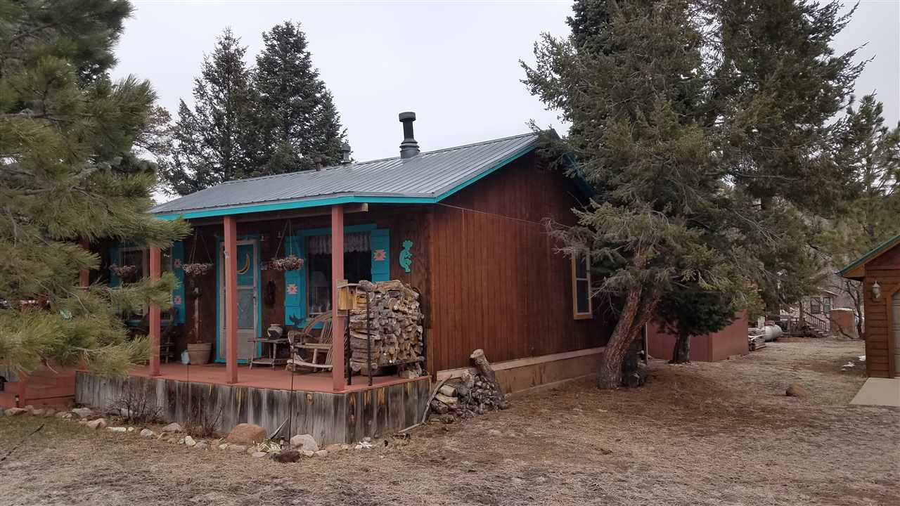 23 Hummingbird Lane, Ute Park, NM 87749