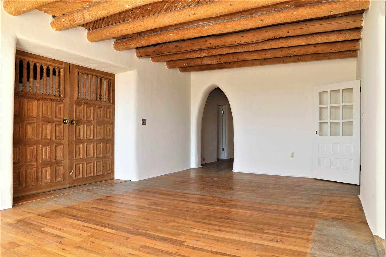 223 Morada Lane, Taos, NM 87571