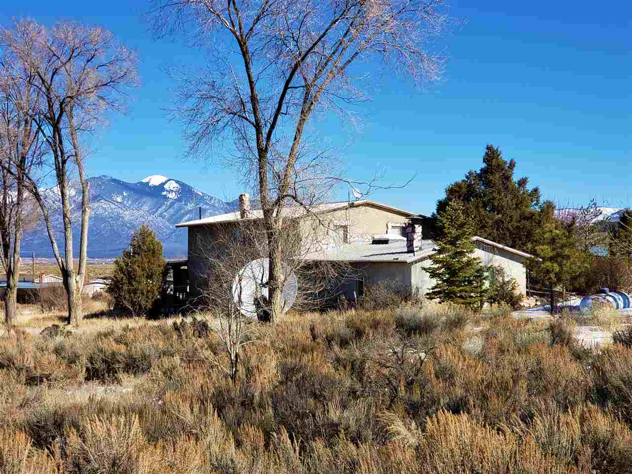 279 and 281 Cuchilla Road, Ranchos de Taos, NM 87557