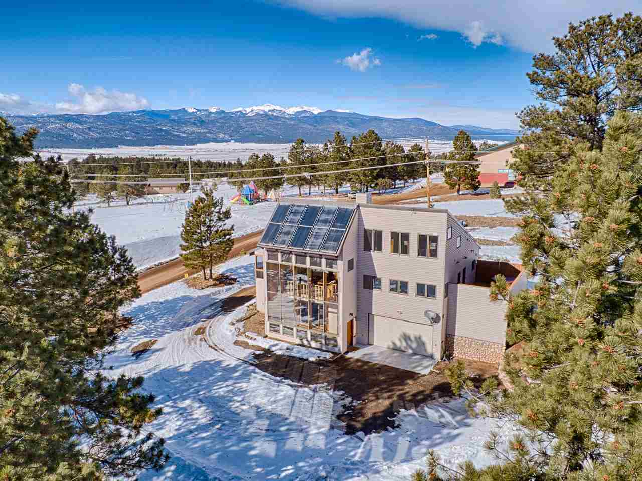 73 Valley Rd, Angel Fire, NM 87710
