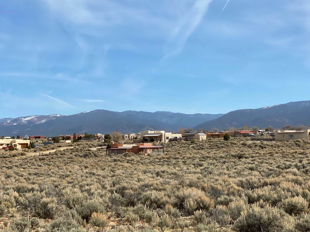 Lots 60 B and C Camino de Los Arroyos, Ranchos de Taos, NM 87557