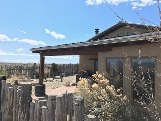 10 Third Street, El Prado, NM 87529