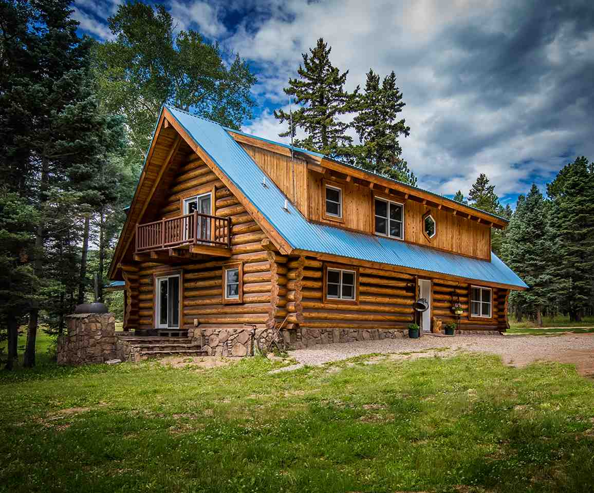 53 Forest Road 76, Angel Fire, NM 87710