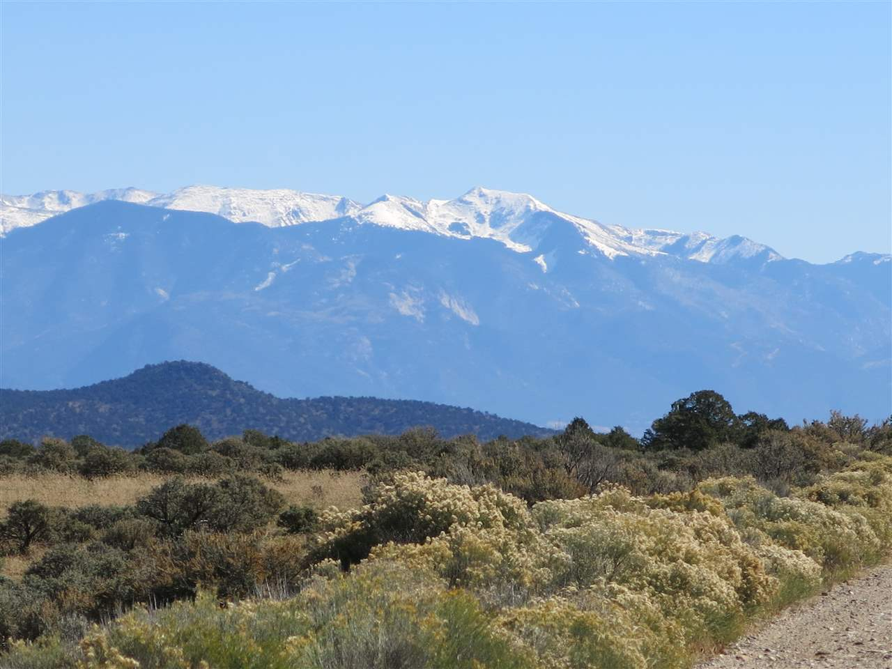 Lot 15 off Chile land rd, Tres Piedras, NM 87529