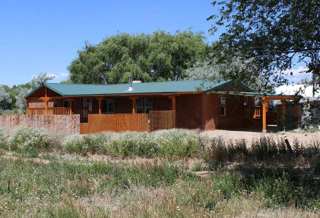 144 State Road 240, Ranchos de Taos, NM 87557