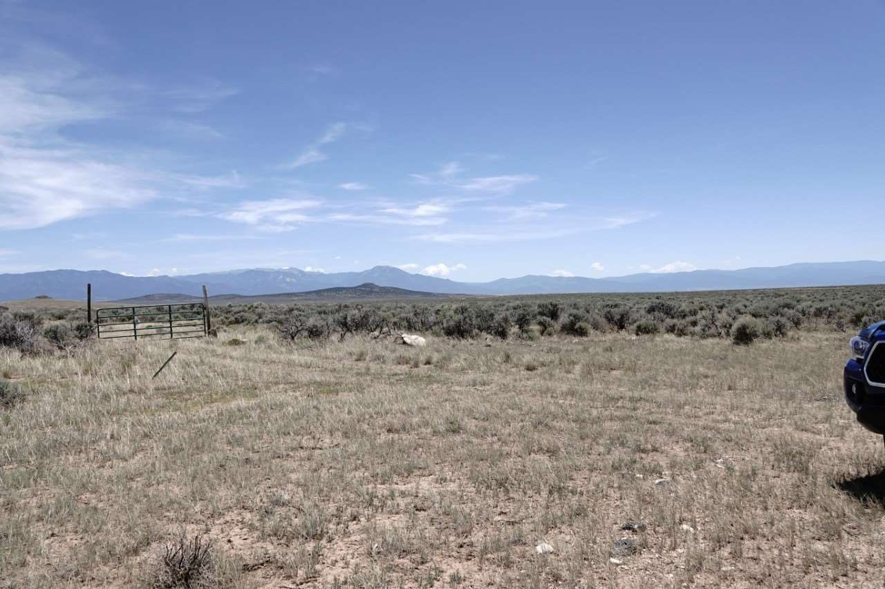 lot 20 n Chili line servilleta, Tres Piedras, NM 87577