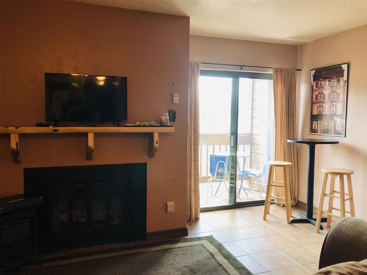 10 Valley Rd, Angel Fire, NM 87710