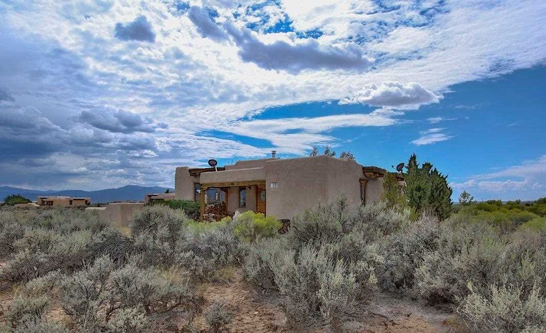 2 Wisdom Way, Taos, NM 87571