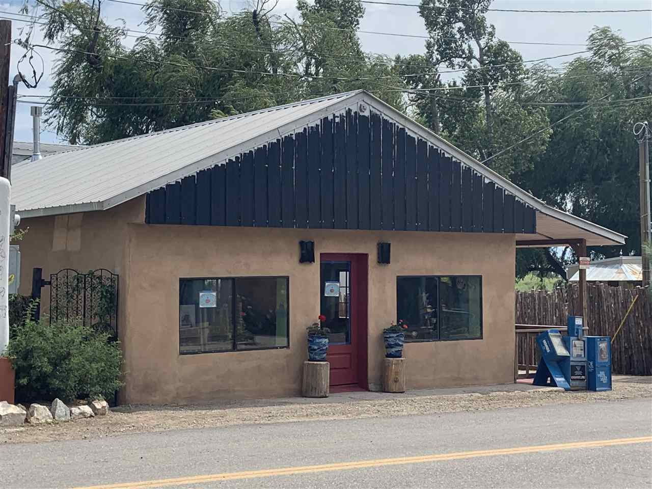 487 HWY 150, Arroyo Seco, NM 87514