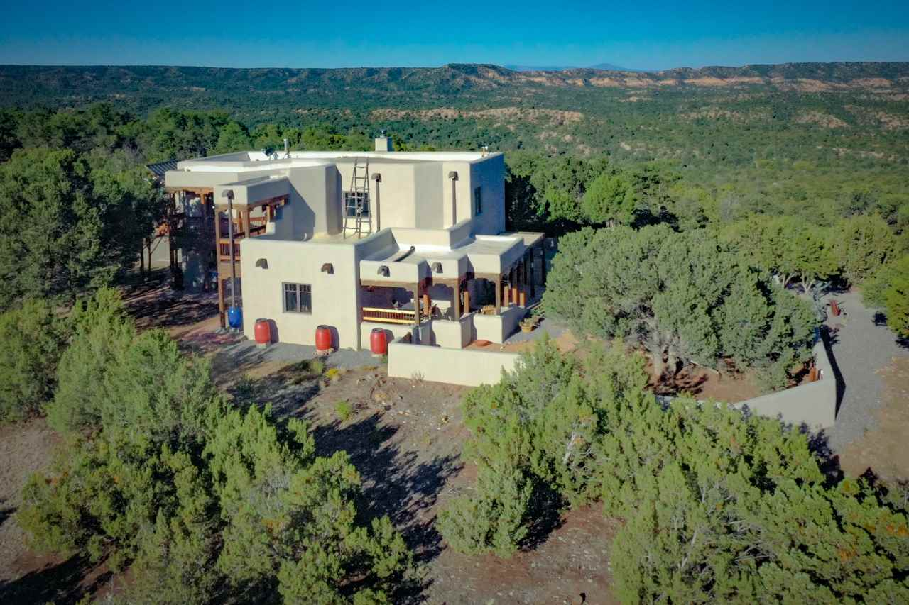 473 County Road 69, Ojo Sarco, NM 87521