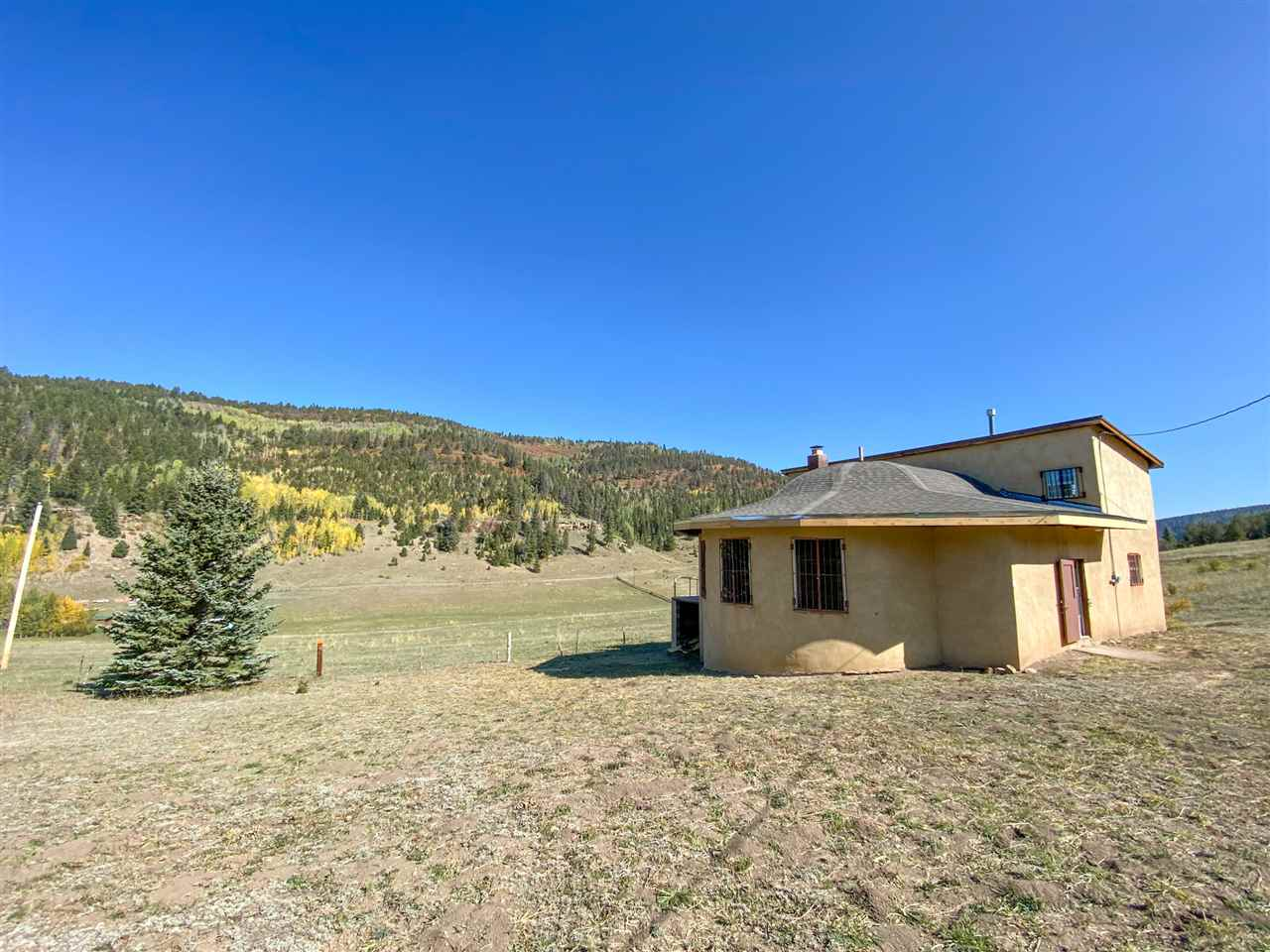 25 Cielo Vista Road, Vadito, NM 87579