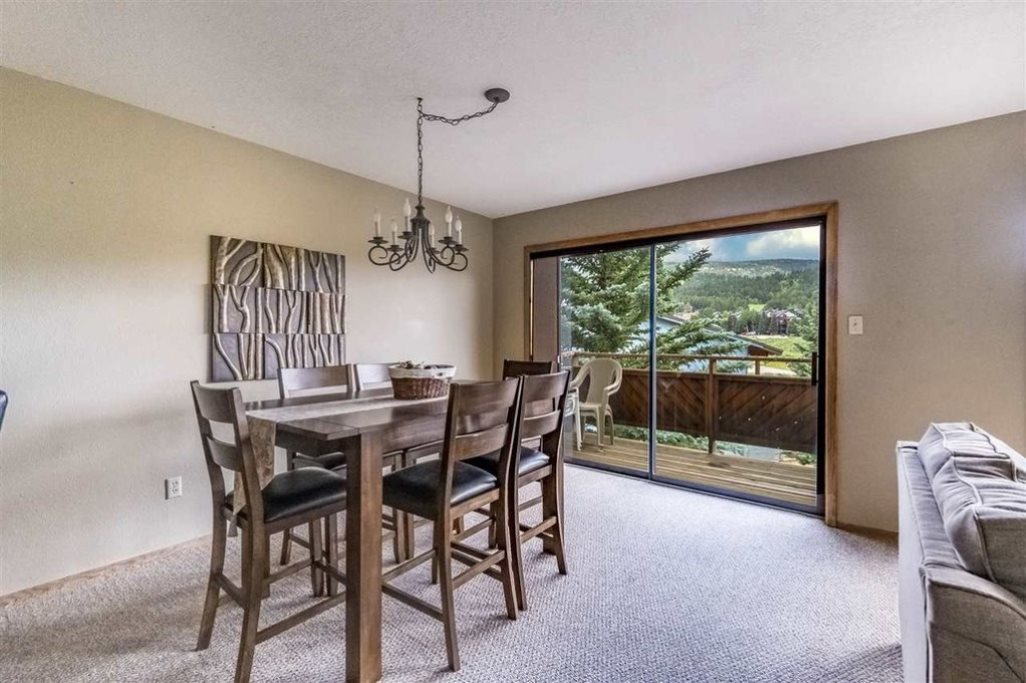 11 Mammoth Mountain Rd, Angel Fire, NM 87710