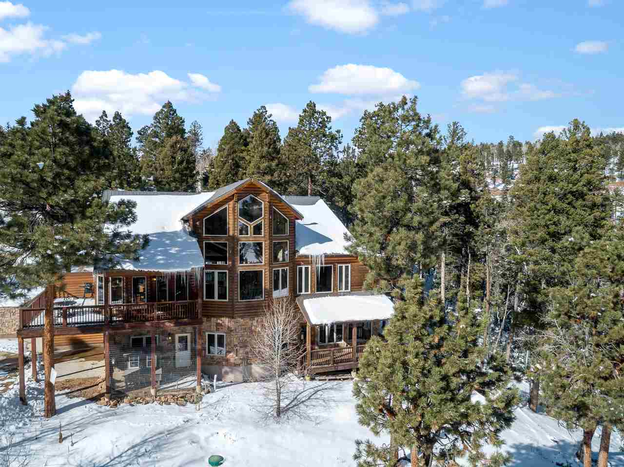 70 Palo Flechado Rd, Angel Fire, NM 87710
