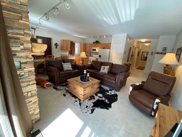 91 Kachina Road, Taos Ski Valley, NM 87525