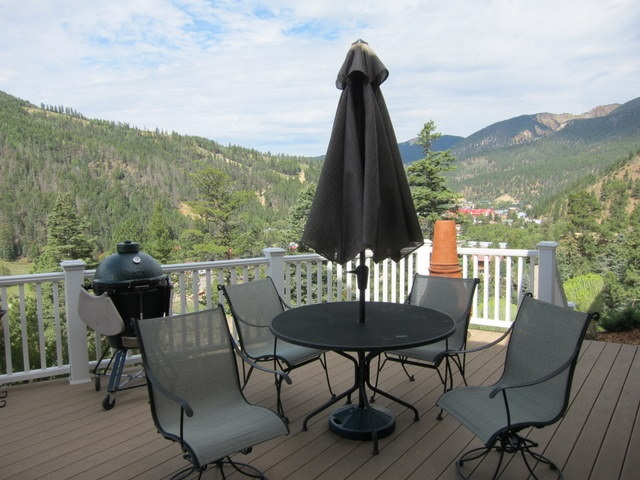 400 Spruce Trail, Red River, NM 87558