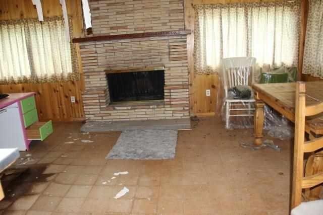 65 Hummingbird Lane, Ute Park, NM 87718