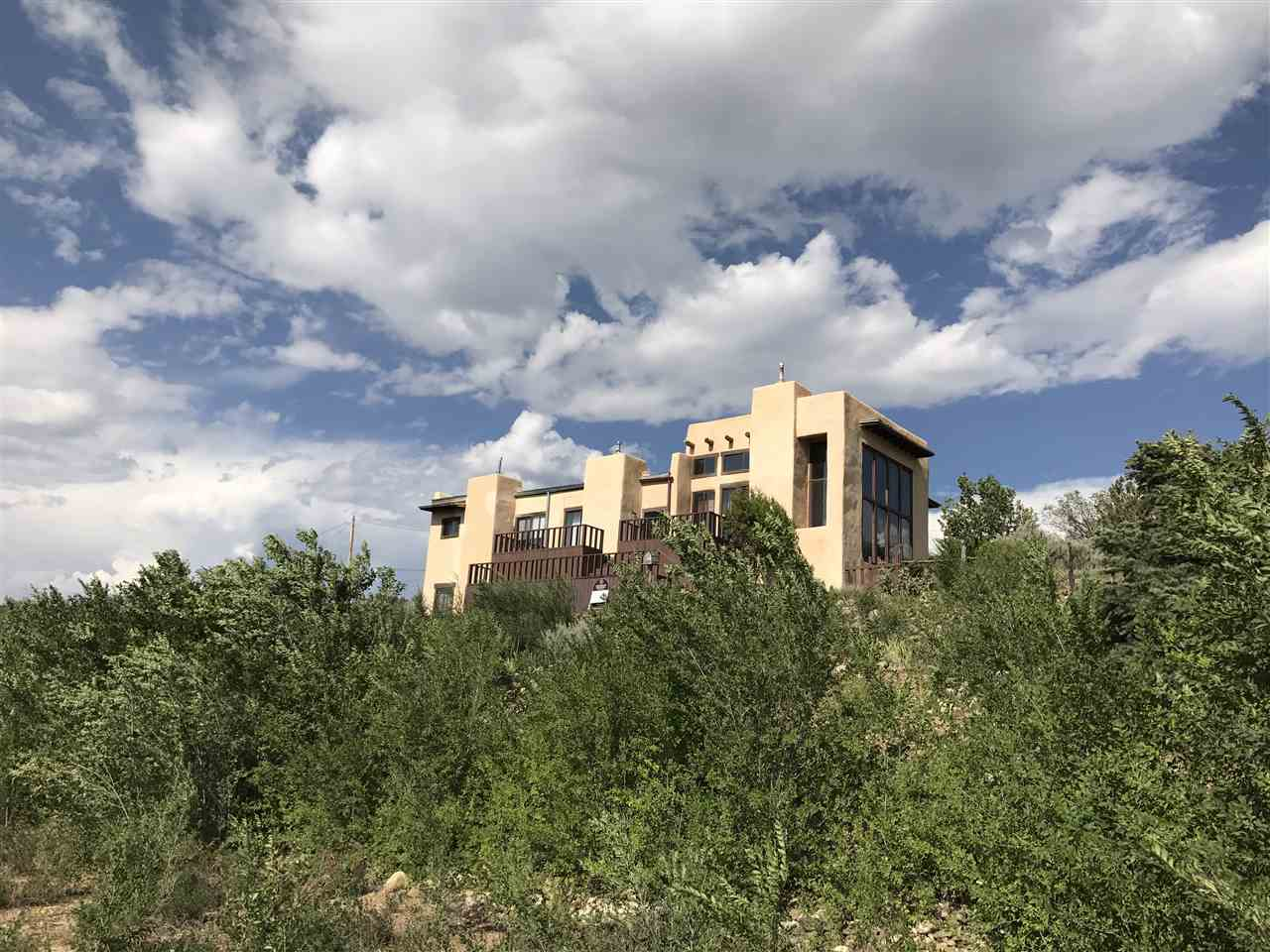 singles in ranchos de taos And contained an extra murphy bed for families or 2 singles  hotel la fonda de taos (taos  and it is only moments away from ranchos taos which.