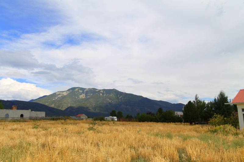 Rim Road, Arroyo Seco, NM 87514