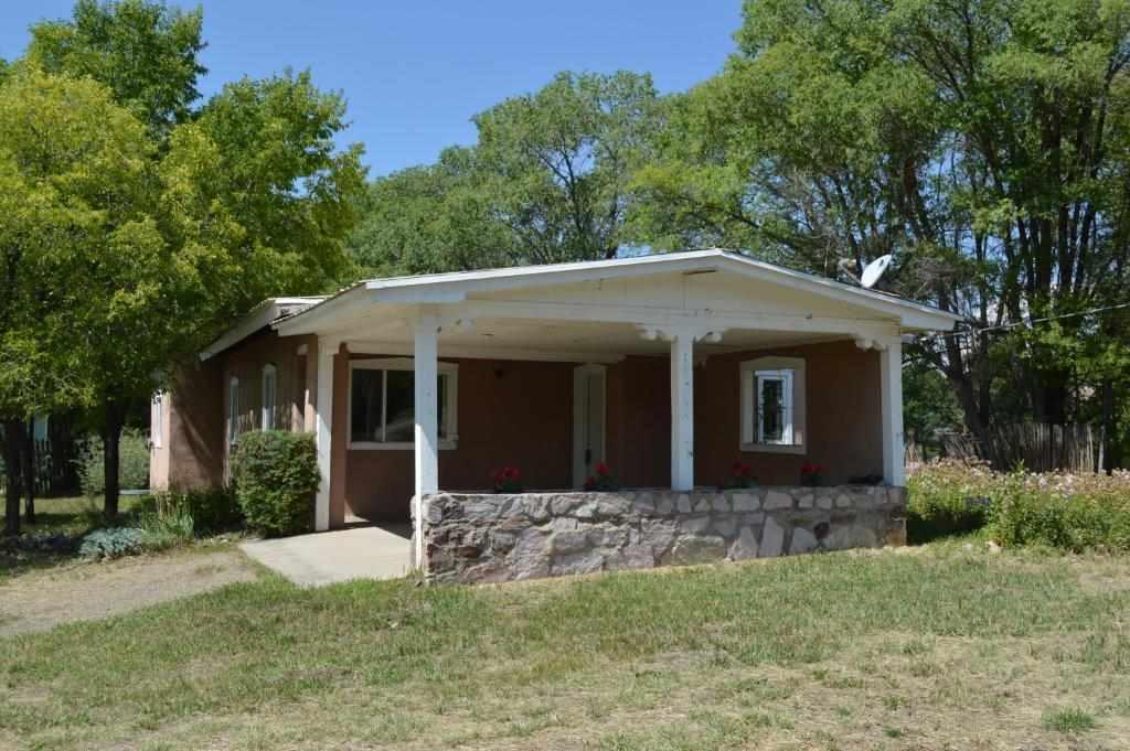Taos Real Estate, MLS 98977