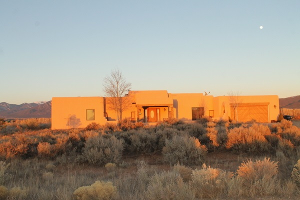 10 Mesa Encantada, Ranchos de Taos, NM 87525