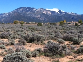 13 Cavalry Camp Road, Arroyo Seco, NM 87514