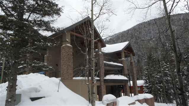 37 Twining Road, Taos Ski Valley, NM 87525
