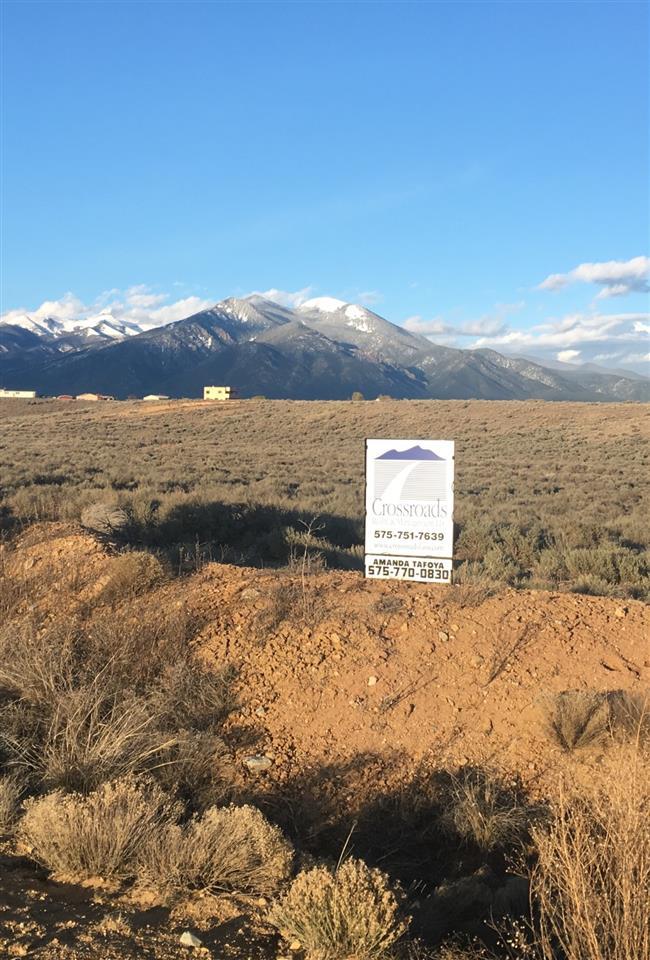 , Taos, NM 87571