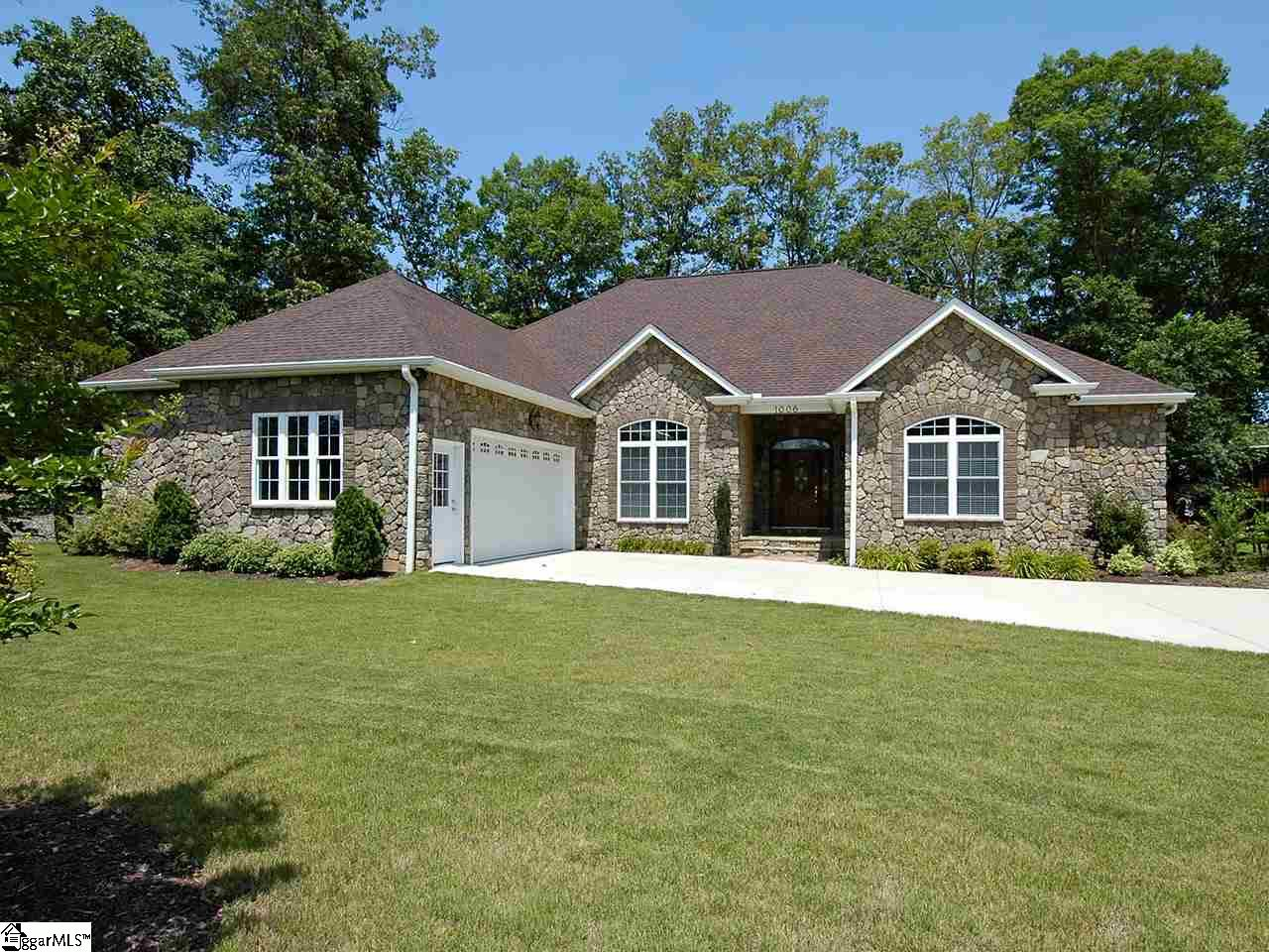 1006 Whitfield Point Anderson, SC 29626